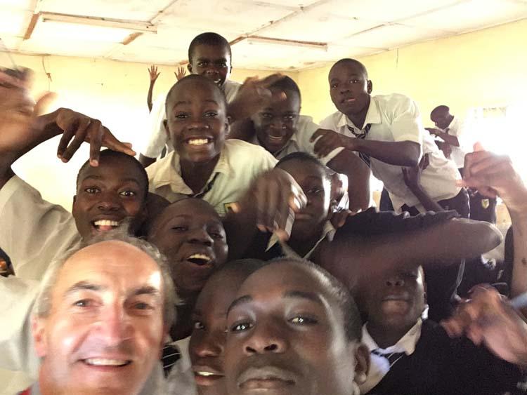 Kids the world over love a selfie